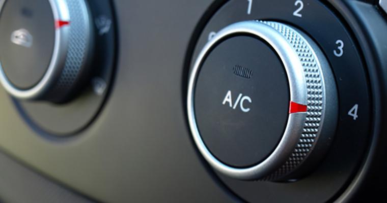 Ricarica e controllo aria climatizzata