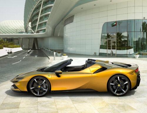 La nuova Ferrari SF90 Spider