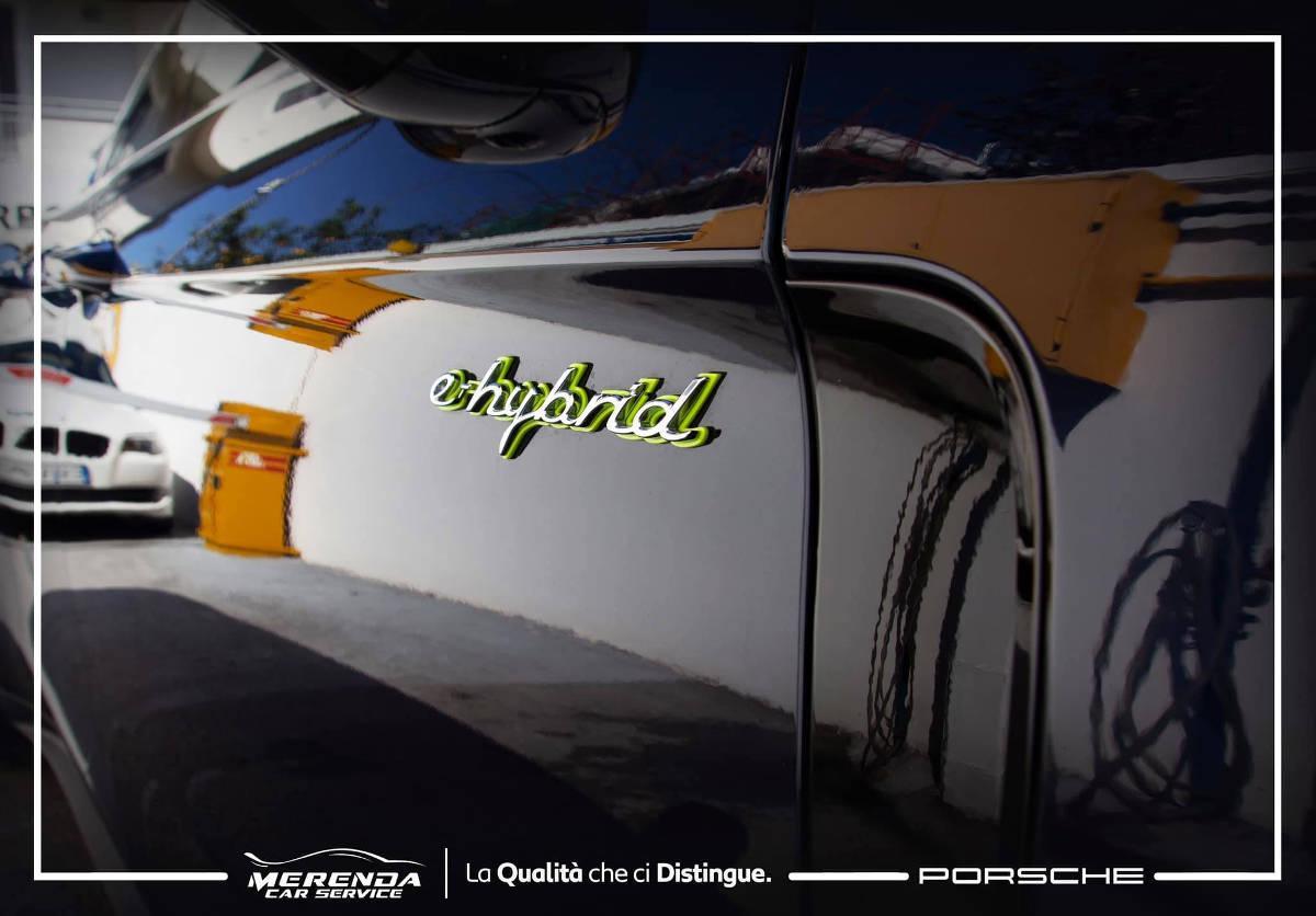 Applicazione Pellicola PPF su carrozzeria Porsche Panamera
