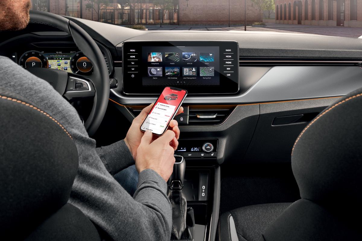 Google lancia Android 12 con la nuova funzionalità Smart Key per auto